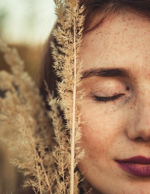 3 способа лечения пигментации кожи (и удаление пигментных пятен).
